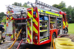 訓練中の消防車